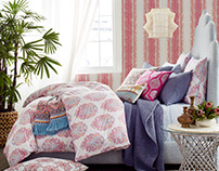 JRT: Ura Bed Collection