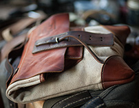 oldstyle leather and canvas messenger bag