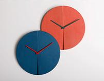 paradox : a wall clock