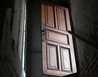 Behind all these doors - URBEX