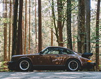 The Porsche Beyond the Pines / 1986 Porsche 911 Carrera