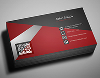 Free Creative Business Card Template (PSD)