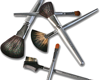 Cosmetic Tools & Brushes