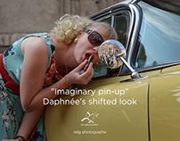 """Imaginary pin-up"" Daphnée's shifted look"
