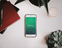 iPhone Free Mock-ups