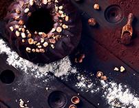 Bundt whit Chocolate and Hazelnut - Food Photography