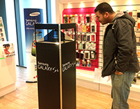 4 sided holographic display -  The Samsung S4 project