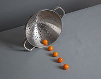 JAMIE OLIVER COLANDER AND TONGS