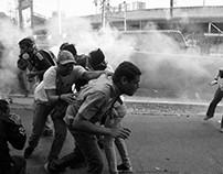 Marcha opositora reprimida el 26 de abril de 2017.
