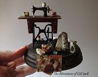 Sewing Machine Miniature