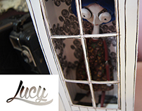 Lucy the doll // Packaging