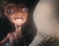 A Holiday Reunion / E.T.