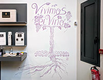 Livepainting using wine at Bodegas Ochoa