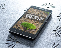 Free mobile phone mockup smart object PSD