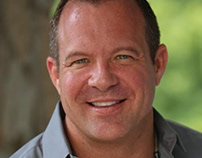 Atlanta-based Dentist Dr. Frank Roach Offers GLO