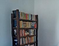 libreria e tavolino
