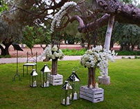 WHITE & SILVER ELEGANT GARDEN WEDDING