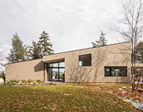 Perchée House/ Natalie Dionne Architecture