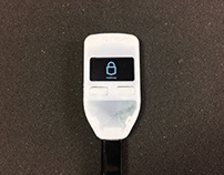 Hardware cryptocurrency wallet
