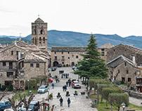 walking around Ainsa.  Huesca.  España