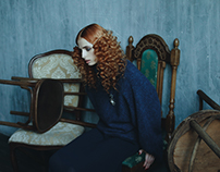 Red curls for Feroce Magazine
