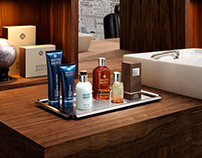 MOLTON BROWN MENS BARBER SHOP
