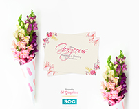 Free Gorgeous Invitation & Greeting Paper Card Mockup