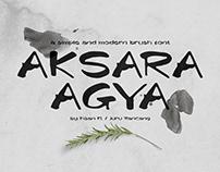 Aksara Agya Brush Font