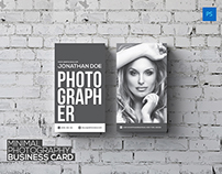 FREE Minimal Photography Business Card