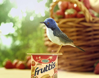 Fruttis yogurts. Summer