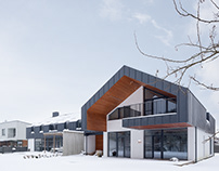 Frozen double-house project by A2SM