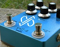 'FuzZ-2 bass' with clean-blend, octave-up & mid-cut