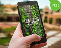 2 Free PSD Smartphone MockUps