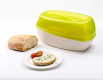 ZOLA BREAD BOX by OneEssentials