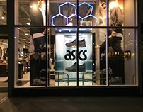 ASICs Footlocker Window