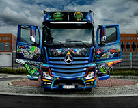 Handpainted Mercedes-Benz Actros