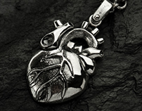 Anatomical heart necklace - Tyvodar.com