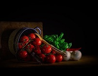 TOMATOES AND BASIL        www.evtimaging.photography