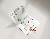 Free bifold brochure mockup / 8.5 x 11 in