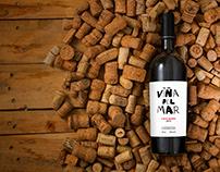"""Rediseño de la marca de vino catalán """"Viña del mar"""""""