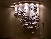 """""""Flowers waltz"""" embossed pattern in the bedroom"""