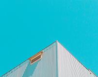 Blau fosc casi cel