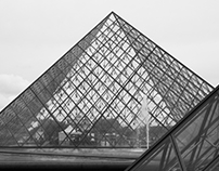 Gateway to Louvre Pyramid
