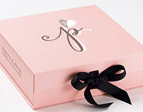 Logo & Packaging for phyllida