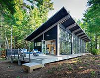 Tomahawk Lake Residence