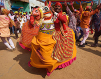 Lathmar Holi (2) Celebrations in Nandgaon