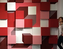 ILLUSION OF BOXES AND SIMPLE GEOMETRICAL SHAPES