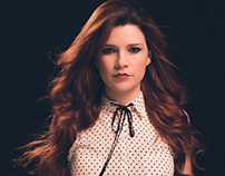 Identidade Visual   Mariah Gomes   Sony Music