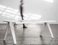 Volta - steel and wood table