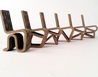 Sześć tekturowych krzeseł / 6 cardboard chairs